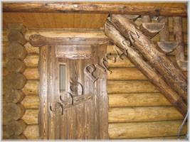 Фотография двери в парилку ручного изготовления