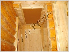 Фотография складывающейся лестницы на чердак