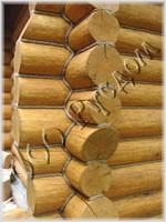 Фотография декоративной забривки угла и конопатки канатиком