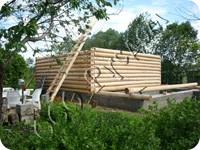 Сруб на заказ деревянного дома, рубленного в лапу