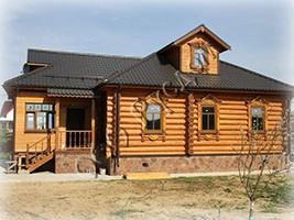 Одноэтажный деревянный дом по старинному проекту